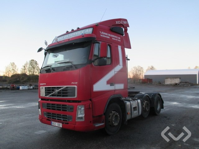 Volvo FH12 6x2 Tractor - 06
