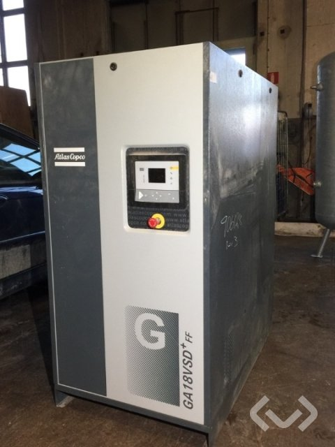 Atlas Copco GA 18 VSD + 55 CE 400V + N 50 screw compressor with tank - 15