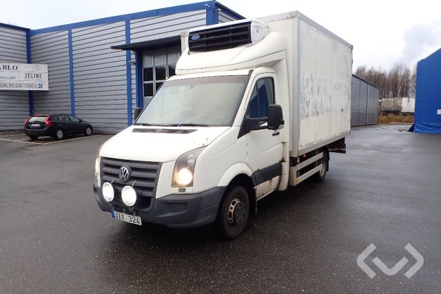 Volkswagen CRAFTER 50 4x2 Box (chillers + tail lift) - 08