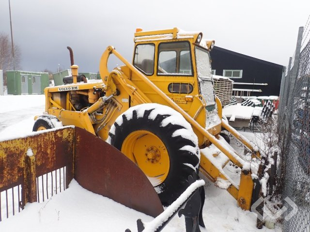 Volvo BM 218 Loader with bucket and forks (Repair item)