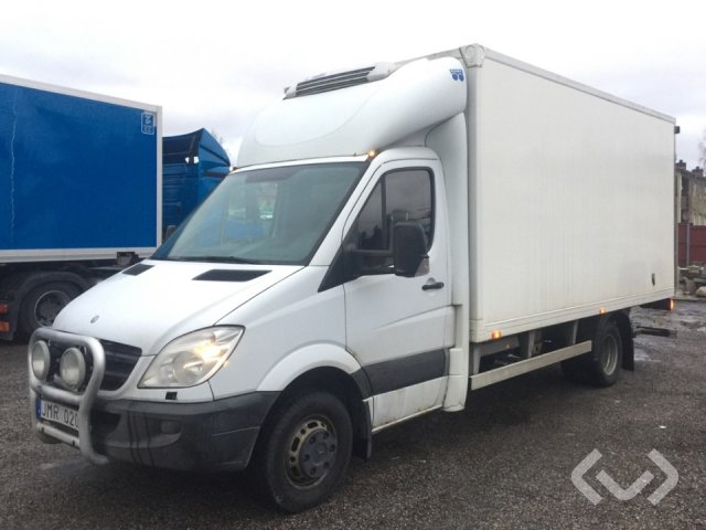 Mercedes Sprinter 515 CDI (150hp) 4x2 Box (chillers + tail lift) - 09