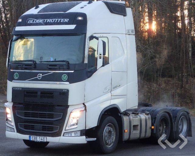 Volvo FH500 (Euro 6) 6x2 Tractor - 16