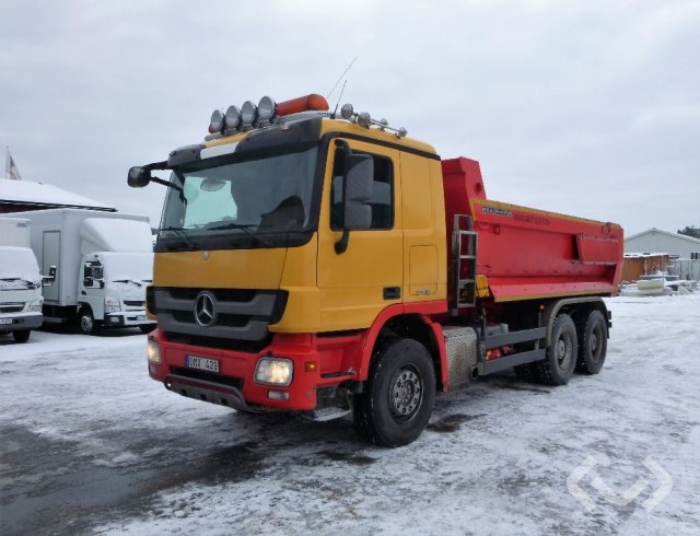 Mercedes 2646 LK 6x4 Tipper - 12