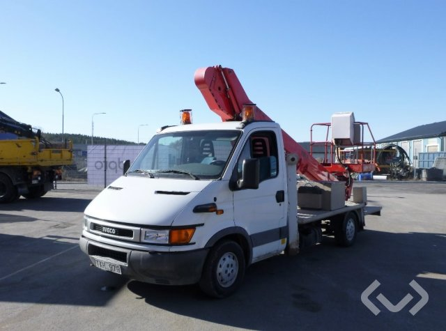 Iveco Daily 35 2.8 TD (105hp) 4x2 Skylift - 02