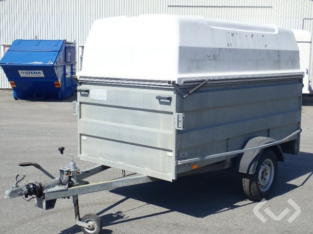 Thule V1000 trailer with hood - 07