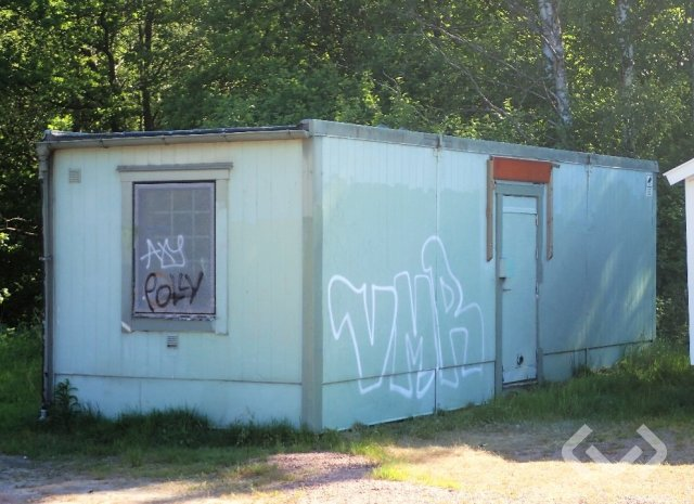 Crew trailer Crew shed