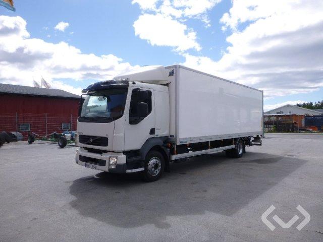 Volvo FL 240 4x2 Box (tail lift) - 10