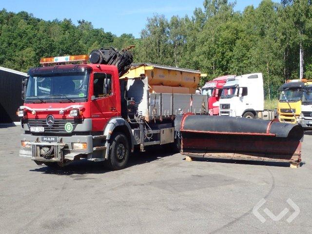 Mercedes 2528  6x2 Tipper truck (crane and plow attachment) - 03