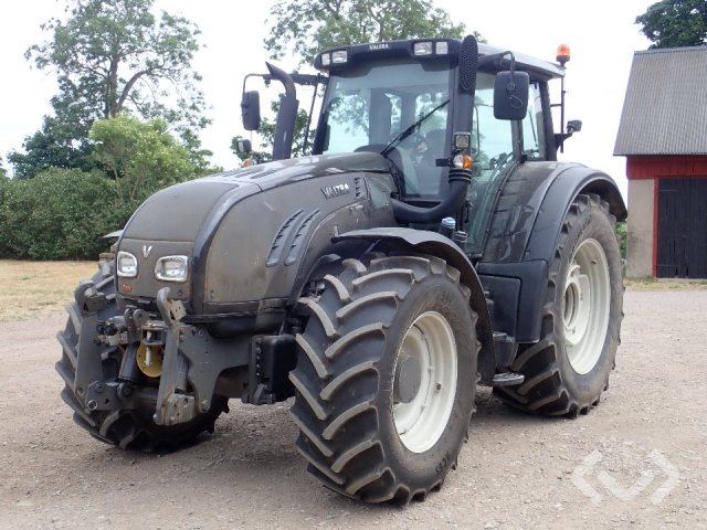 Valtra T-SERIES T203 Tractor - 12