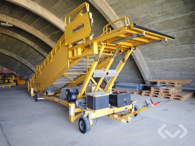 Aerotech 1842 Ikaros aircraft stairway - 10