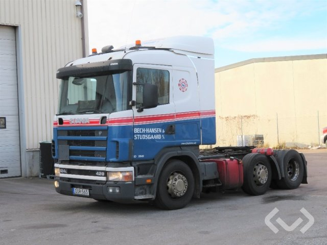 Scania R124 6x2 Tractor (pusher) - 04
