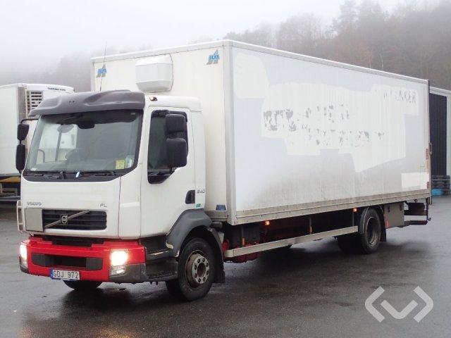 Volvo FL240 4x2 Box (tail lift) - 07