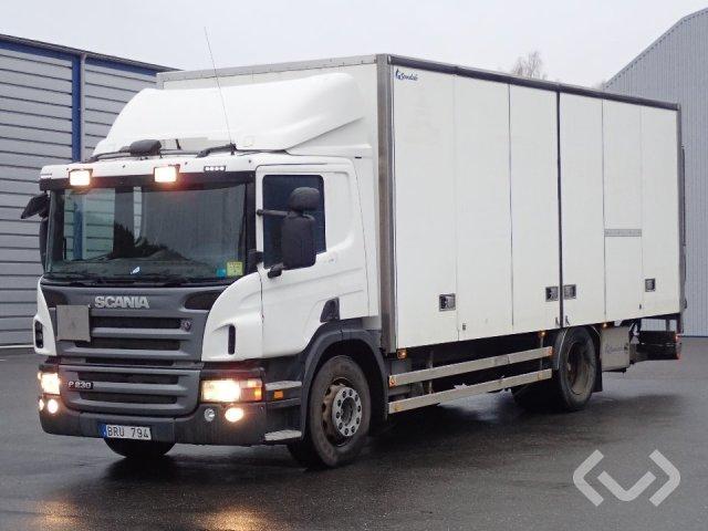 Scania P230DB MLB 4x2 Box (side doors + tail lift) - 09