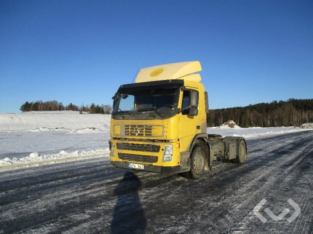 Volvo FM360 (export only) 4x2 Tractor - 08