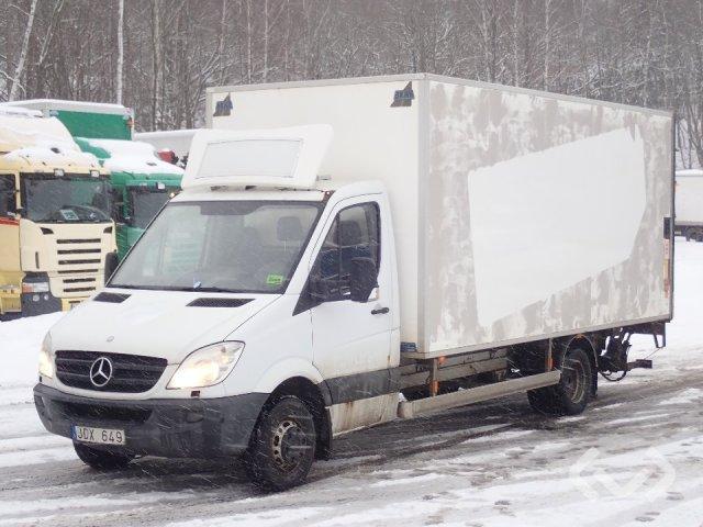 Mercedes Sprinter 518 CDI 4x2 Box (tail lift) - 09