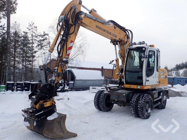 Liebherr A314 Wheel excavator with tiltrotator and buckets - 11