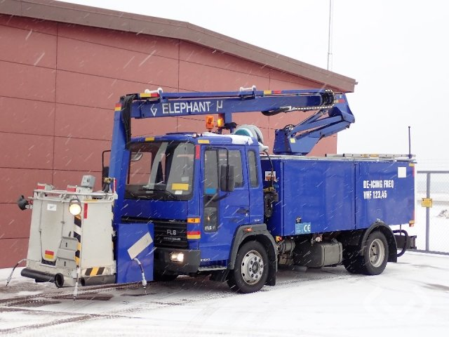 Volvo Elephant MY de-icing vehicle on FL6 chassis (not reg) 4x2 Deicers - 99
