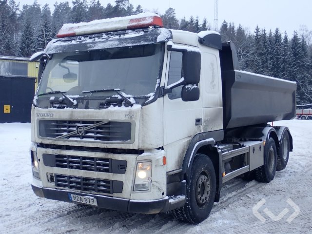 Volvo FM340 6x2 Tipper - 09