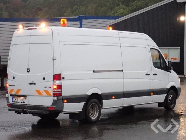 Buy a used Mercedes Sprinter 519 CDI (NO export) 4x2 Box with shop fittings  - 11 at Kvdpro com