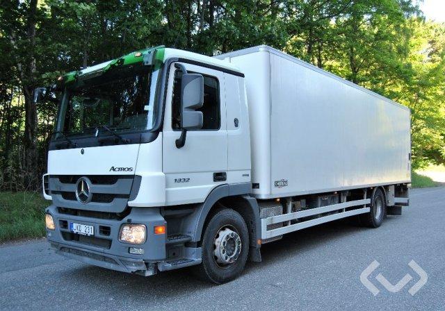 Mercedes 1832 L 4x2 Skåp (kylaggregat+bg-lyft) - 09