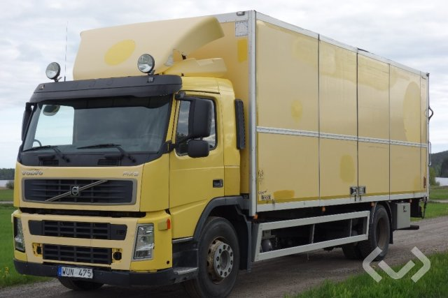 Volvo FM9 (Export only) 4x2 Skåp (öppningsbar sida+bg-lyft) - 05