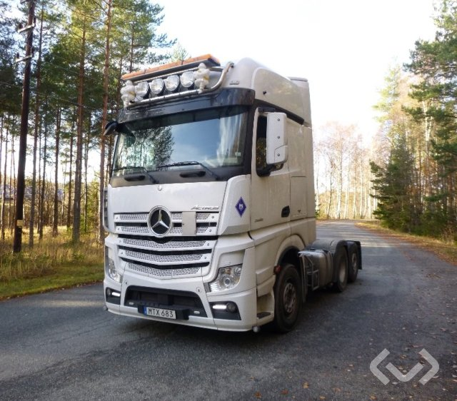 Mercedes 2751 6x2 Dragbil - 15