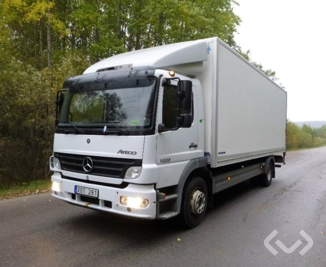Mercedes 1223L 4x2 Skåp (bg-lyft) - 06