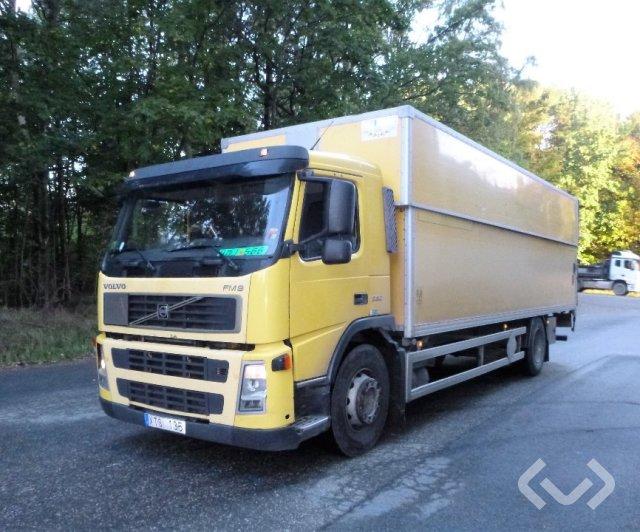 Volvo FM9 (Export only) 4x2 Skåp (höj/sänkbart+bg-lyft) - 06