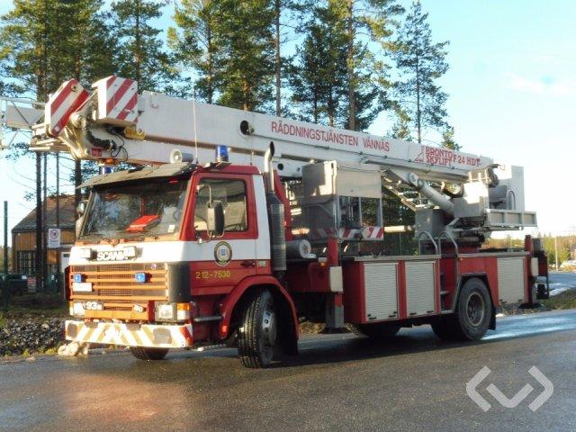 Scania P93MWL 4x2 Brandfordon (Bronto Skylift) - 93