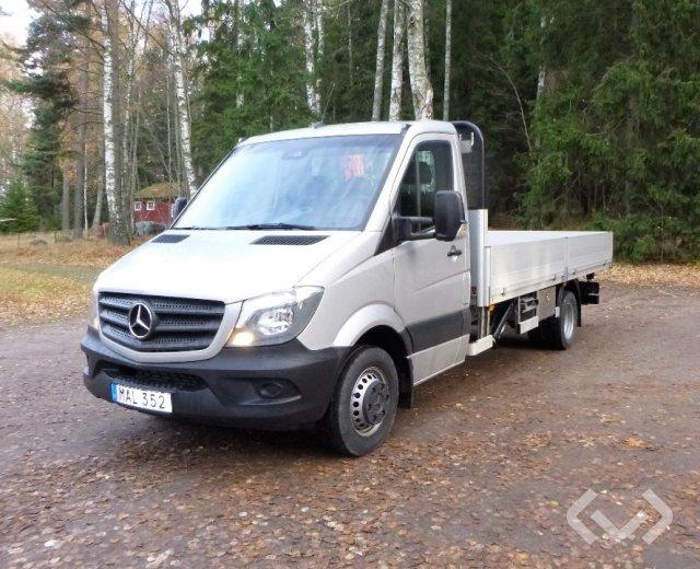 Mercedes Sprinter 516 CDI Pickup/Chassi (163hk) 4x2 Flak-lämmar (kran) - 16