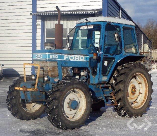 Ford 6710 4WD Traktor - 82