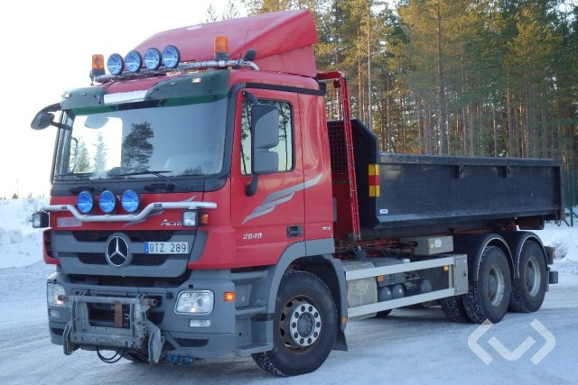 Mercedes 2648 L (Euro 5) 6x4 Lastväxlare (flak) - 09