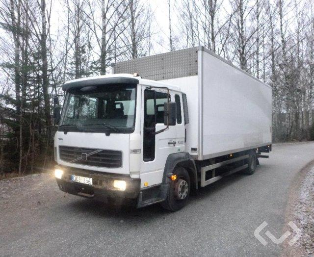 Volvo FL612 H 4x2 Skåp (bg-lyft) - 06