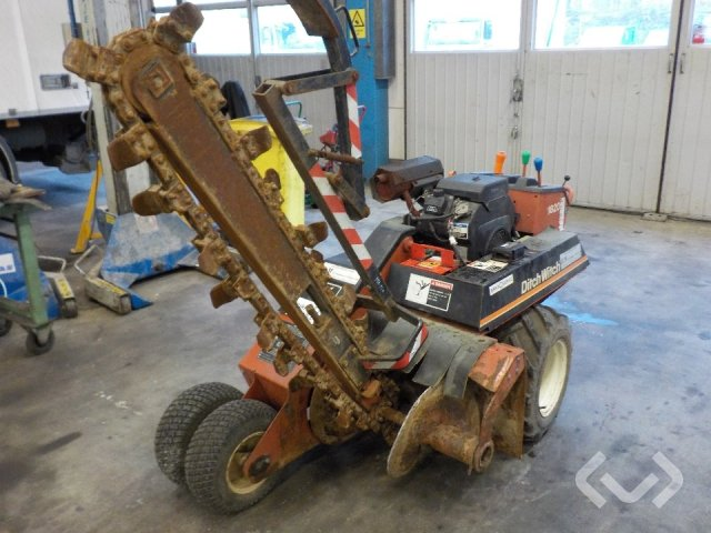 Ditch Witch 1820 Kedjegrävare - 97