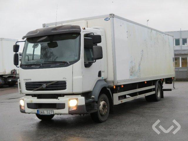 Volvo FL240 4x2 Skåp (Special för maskintransport) - 08