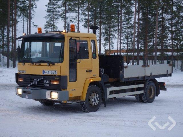 Volvo FL608 4x2 Tippbil (kran) - 90