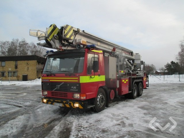 Volvo FL10 6x2 Hävare - 90