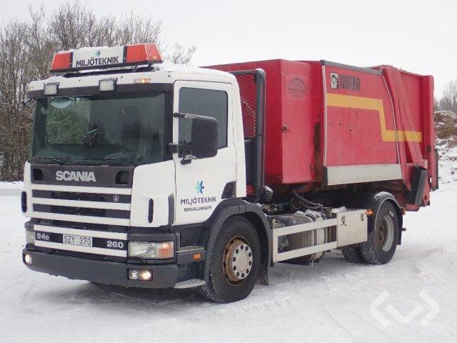 Scania P94DBLB260 AVK 4x2 Lastväxlare med sopaggregat - 02