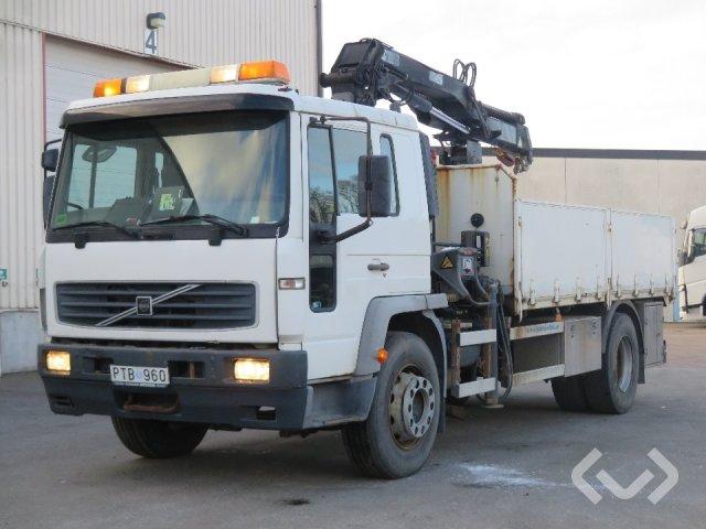 Volvo FL6 E 4x2 Flak-lämmar (kran) - 03