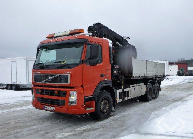 Volvo FM12 6x2 Lastväxlare med flak och kran - 03