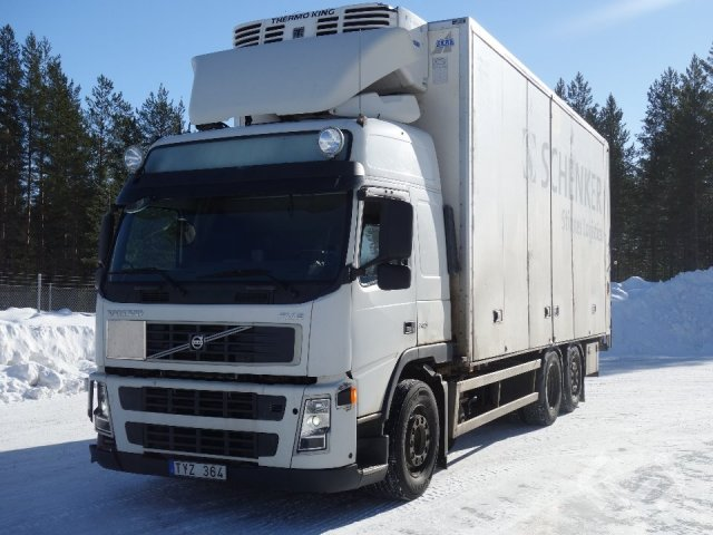 Volvo FM9 6x2 Skåp (kylaggregat+bg-lyft) - 02