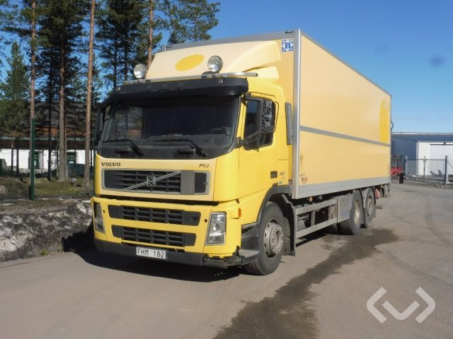 Volvo FM360 (Export only) 6x2 Skåp (bg-lyft) - 07