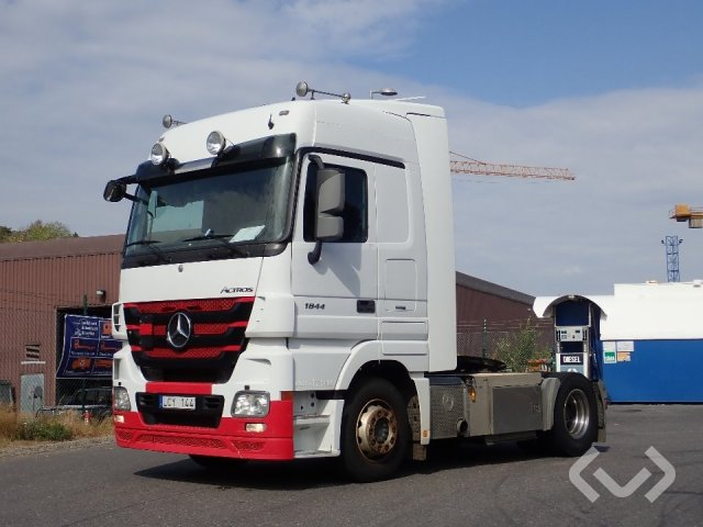 Mercedes Actros 1844 4x2 Dragbil - 11