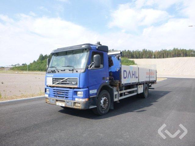 Volvo FM7 4x2 Flak-lämmar (kran) - 01