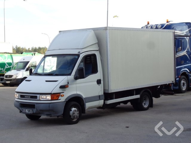 Iveco 50C13 4x2 Skåp (bg-lyft) - 00
