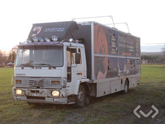 Volvo FL614 4x2 Skåp med dubbla lastplan, ramp - 88