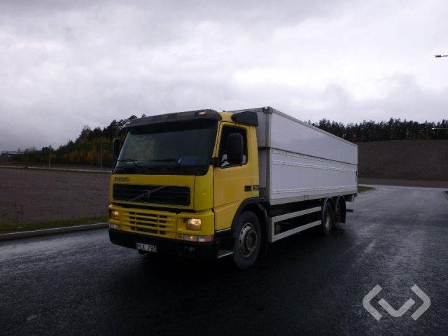 Volvo FM7 6x2 Skåp (höj/sänkbart+bg-lyft) - 00