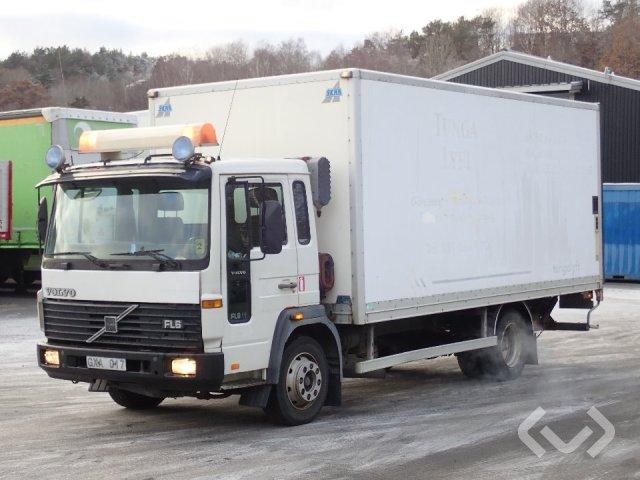 Volvo FL611 4x2 Skåp (bg-lyft) - 98