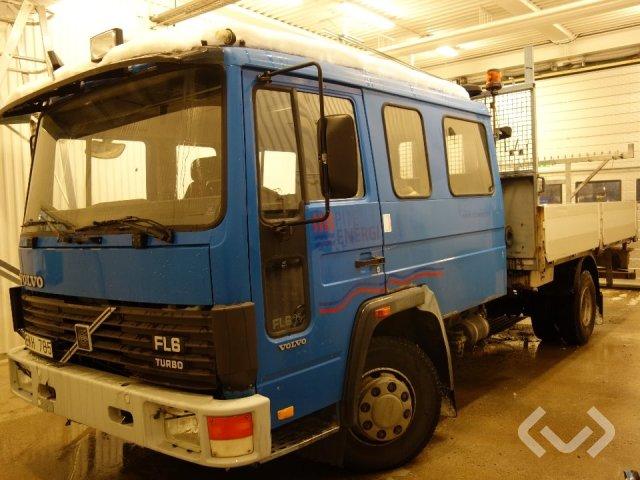 Volvo FL 611 4x2 Flak-lämmar - 92